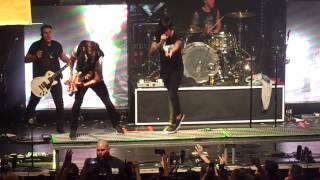 Sleeping With Sirens- If I'm James Dean You're Audrey Hepburn (live 11/17/14)