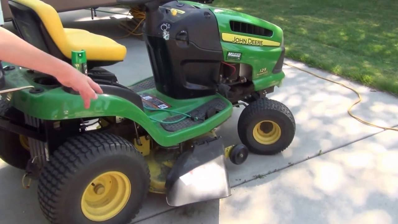 how to put a bagger on a john deere 100 series 125 automatic youtube rh youtube com john deere 115 automatic parts manual john deere 115 automatic owners manual