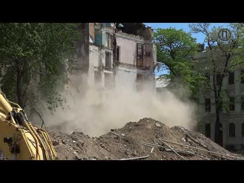 Снос аварийных элементов здания на Торговой, 20 (19.05)