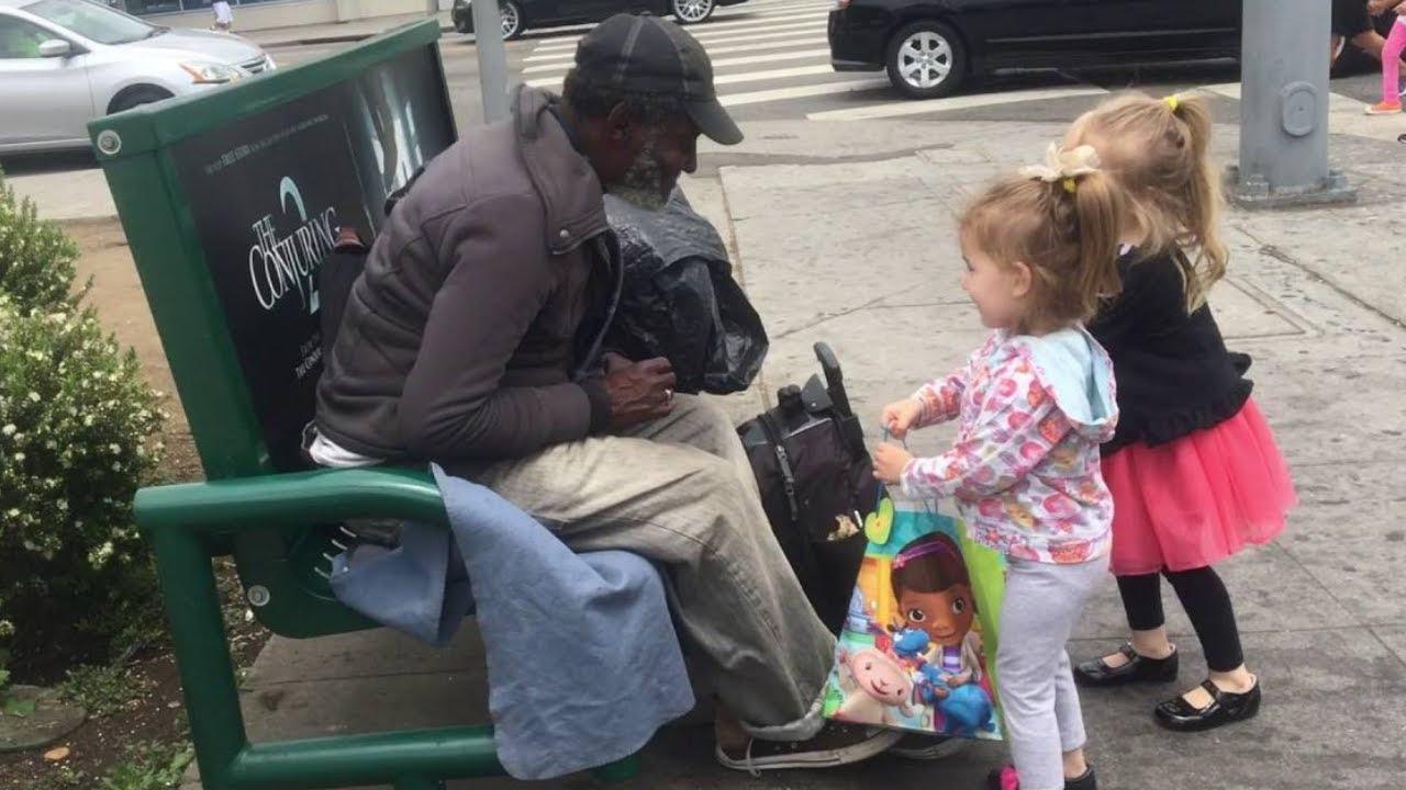adorable kids helping homeless