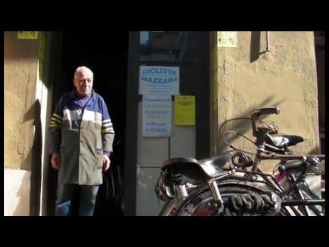 """Serie: """"curiosando nelle ciclofficine"""". VITO MAZZARA."""