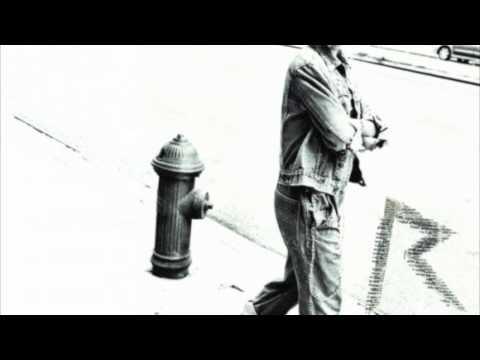 Rihanna & Calvin Harris - We Found Love (R3hab Remix)