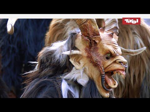 Tradition in Tirol: Masken- und Larvenschnitzer