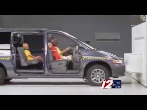 Краш-тест: ребенок в машине без кресла