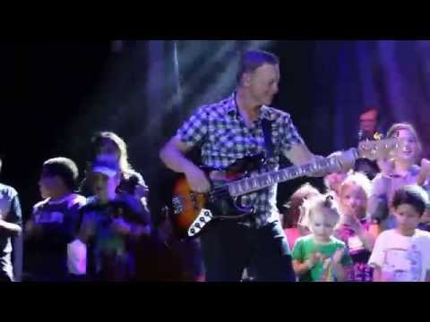 Gary Sinise & The Lt. Dan Band at F.E. Warren A.F.B. perform Life is a Highway 8/17/2014