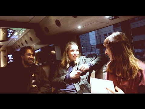 Interview: The Vaccines | house in the sand