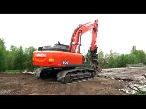 Hitachi ZX300LC-6 siltaa purkamassa / Savonlinnan PR-Urakointi Oy