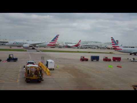 30 Minutes Of ORD Traffic From Concourse L (Chicago, IL 07-20-2017)