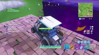 THE GIANT CUBE ROLLED OVER AND CRUSHED MY GOLF BUGGY IN FORTNITE !!