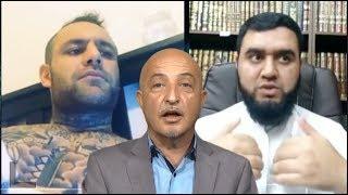569-shafie ayar . ملا میگوید شفیع عیار دست شیطان را در پشتش بسته میکند