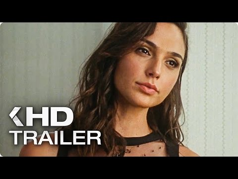 KEEPING UP WITH THE JONESES Trailer (2016)