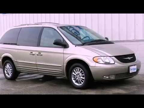 2003 Chrysler Town Country Milwaukee WI