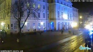 По Львову їздить яскравий трамвай(, 2015-12-18T18:53:59.000Z)