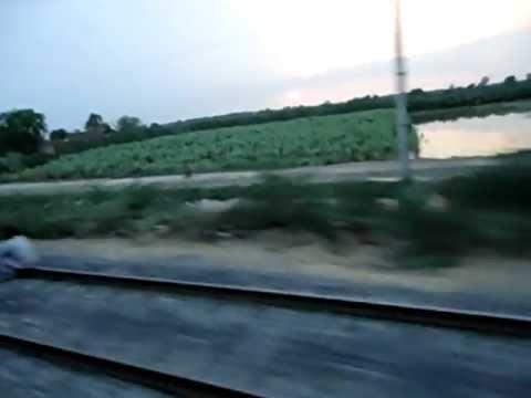 Zikriya Express Near Hyderabad Sindh
