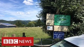 More than 70 workers contract coronavirus at farm in Herefordshire - BBC News
