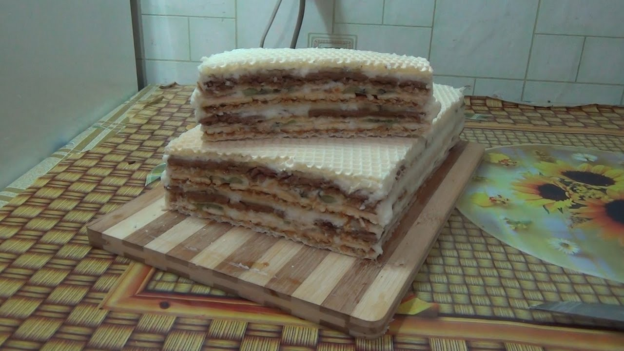 Тортик из коржей со сгущенкой и бананами