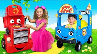 Sasha and Max pretend play Pizza Delivery & Change professions with new Toys thumbnail
