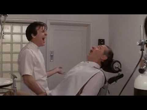 Inserimento sottotitoli alla piccola bottega degli orrori - Il dentista sadico