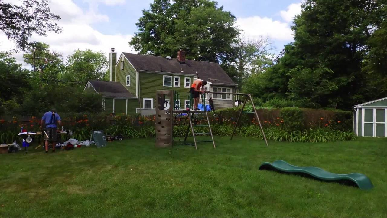 Genial Lifetime Adventure Swing Set Installation / Assembly   Timelapse