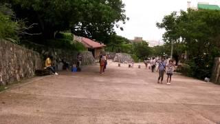 守礼門にて 守礼門 検索動画 31