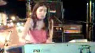 Yael Naim - New soul (live au salon de la musique 2008)