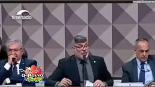 Alexandre Frota vacilando na CPMI das fake news.