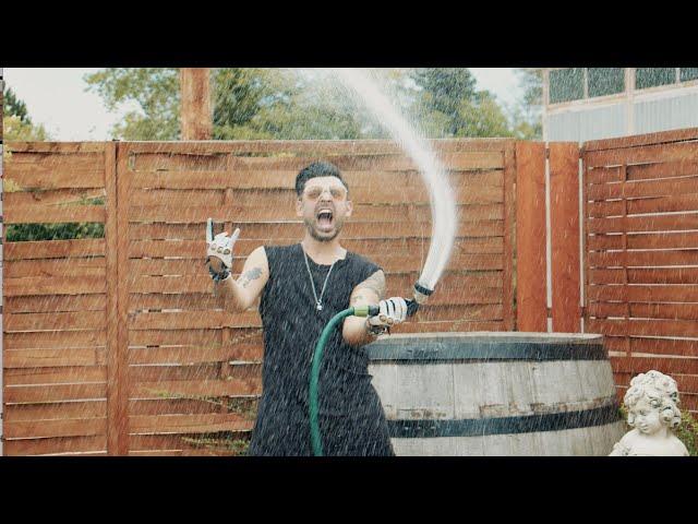VIDÉKRŐL JÖTTEM - HORVÁTH TAMÁS (OFFICIAL MUSIC VIDEO)