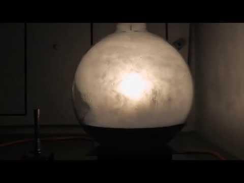 Verbrennung von rotem Phosphor in Sauerstoff HD - red phosphorus burning in pure oxygen gas HD