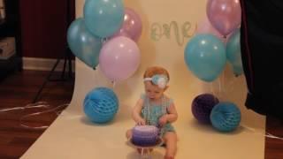 Jade's 1st birthday smash cake photo session