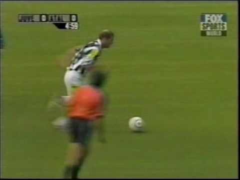 Soccer Juventus Goal Following Zinedine Zidane Magic Tricks