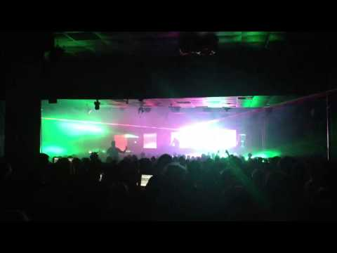 It Doesn't Matter - Chemical Brothers DJ Set 2013