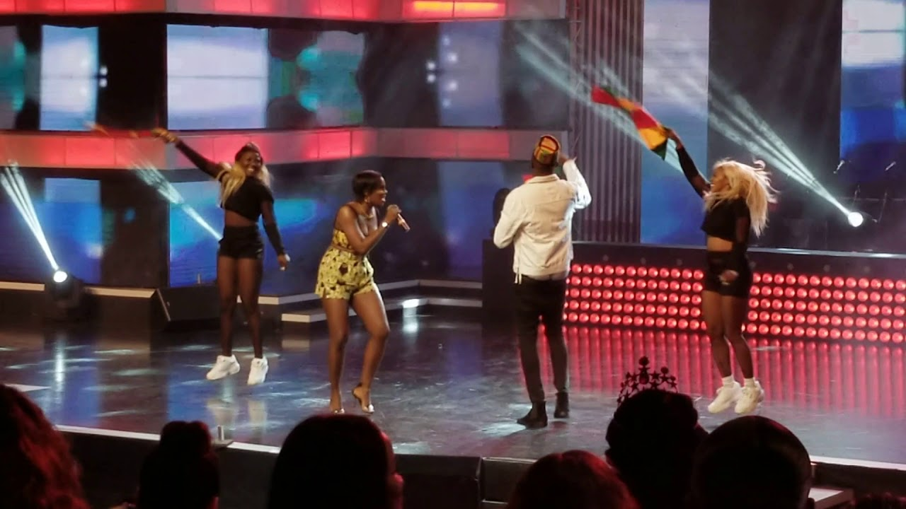 Tiwa Savage performs at Ghana Music Awards 2018