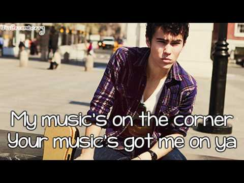 Max Schneider - Not So Different At All (with lyrics)