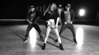 YONCE - Beyonce | Choreography by Kyle Hanagami(Make sure to subscribe for more dance videos to the hottest tracks: http://bit.ly/1LCpH0O and if you have any song suggestions for me to dance to in my next ..., 2014-01-23T19:11:50.000Z)