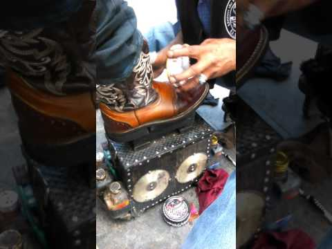 Shining/painting boots