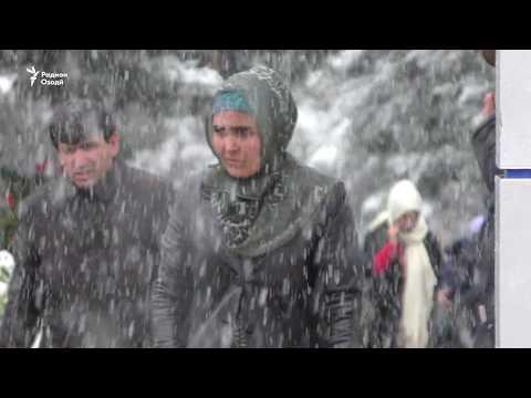 Барфи аввал дар Душанбе (бидуни шарҳ)
