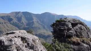 MUST DO in South Africa: Hiking the Drakensberg Mountains!