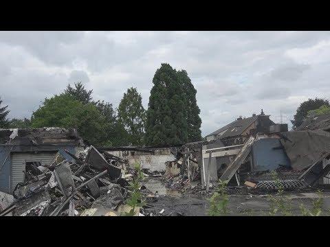 Großbrand zerstörte Supermarkt in Sankt Augustin-Menden am 28.07.17