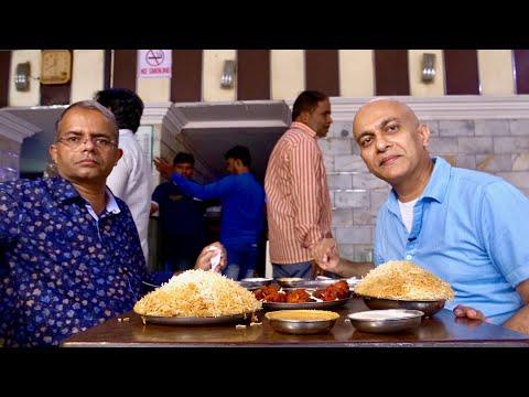 A Taste Of Old Hyderabad | HYDERABADI DUM KA BIRYANI At SHADAB | Chicken, Mutton Biryani |Boti Kebab