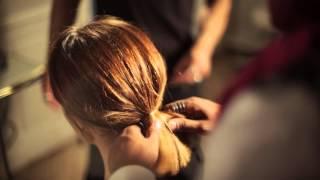 Comment faire un chignon sur cheveux courts ? ELLE Coiffure