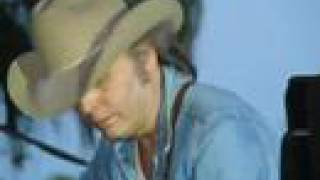 Dwight Yoakam - Peaceful Easy Feeling
