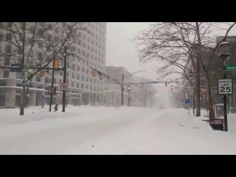 Snow Storm in Bethesda, MD - Wisconsin Avenue during Jonas.  January 22, 2016