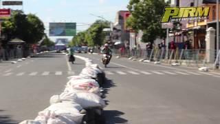Duel sengit F1ZR vs Satria 2tak di Road Race Cilacap 2017 Kapolres Cup