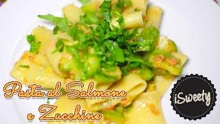 Ricetta Pasta al Salmone Affumicato con Zucchine e Rucola - Italian Pasta Recipe