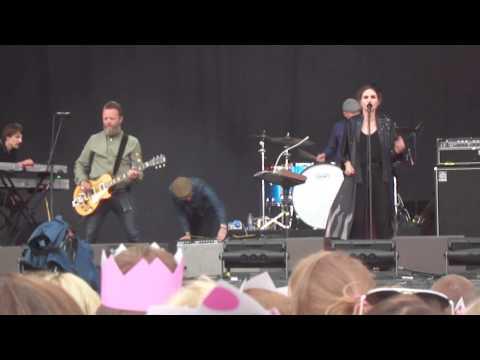 Nina Persson (A Camp) - Love Has Left The Room (live @ #Kentfest Gärdet, Stockholm 15.06.2014)