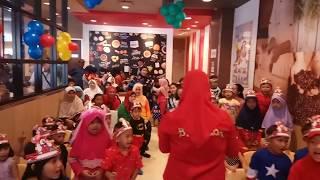 Video PERAYAAN ULANG TAHUN (KFC Transmart Cilandak) download MP3, 3GP, MP4, WEBM, AVI, FLV Oktober 2018
