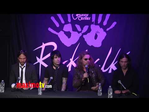 Latin Rockers Mana Inducted Into Guitar Center ROCKWALK in Hollywood