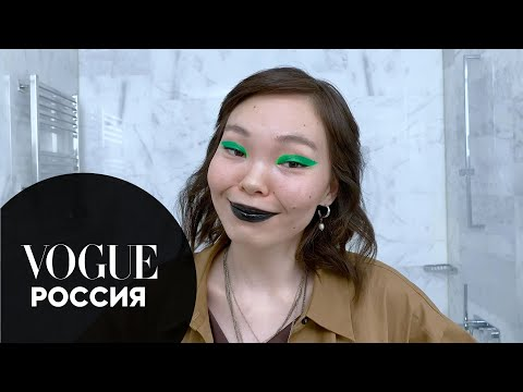 Digital-художница Арюна Тардис об основах креативного макияжа