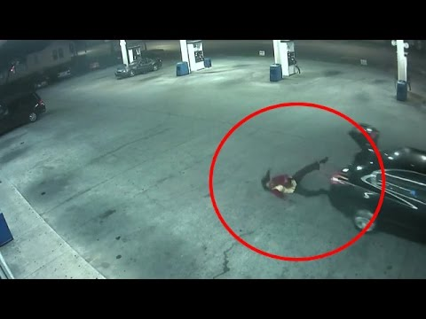 Surveillance video shows woman jumping out of trunk after kidnapping