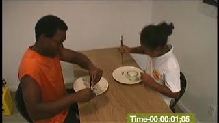 Mari & Naomi Chopstick Competition 箸の豆拾い大会 '08